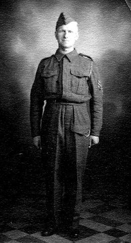 Sgt Len Snowie Baynes